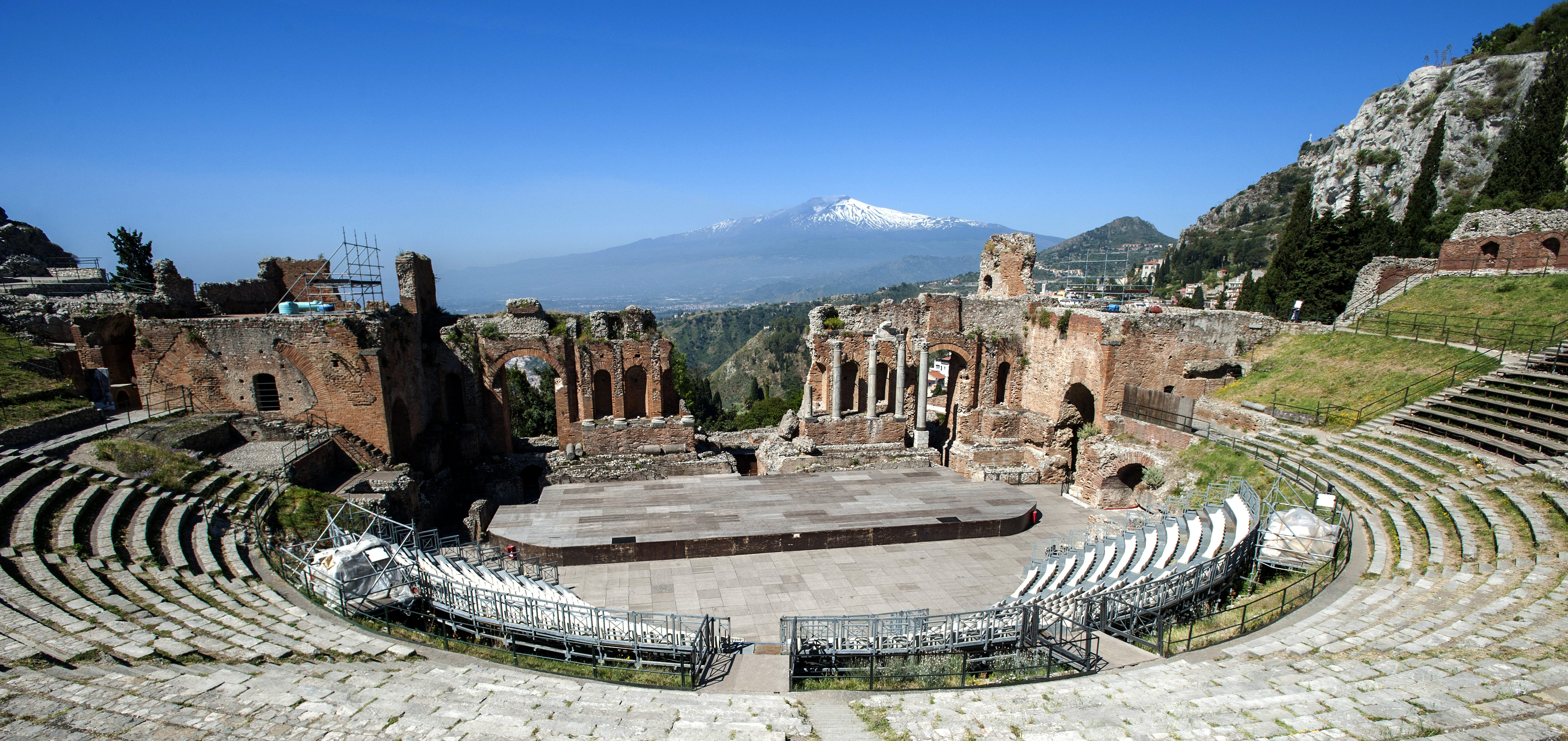 Theater Taormina met de Etna