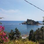 Isola Bella vanaf de trap naar zee