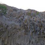 Lava rotsen in de Alcantara kloof