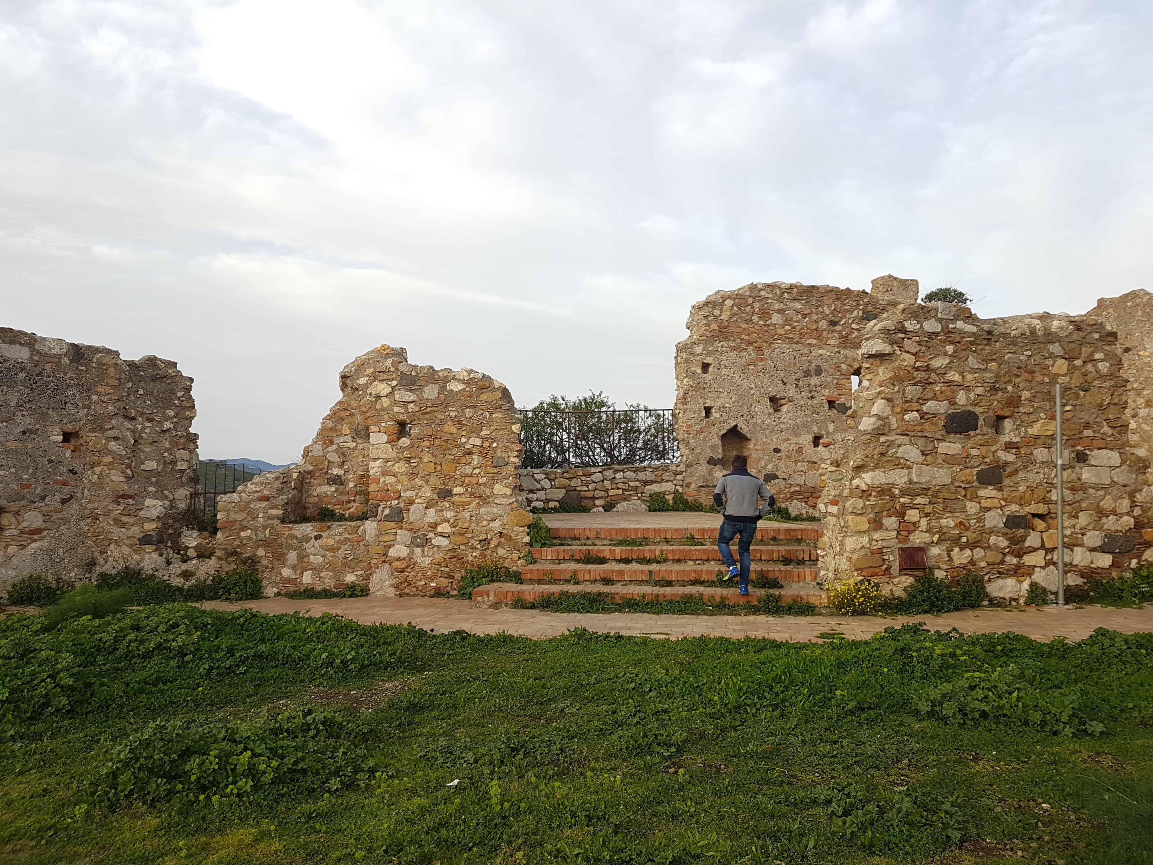Kasteel resten Castelmolo