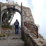 Trap naar het kasteel van Castelmolo