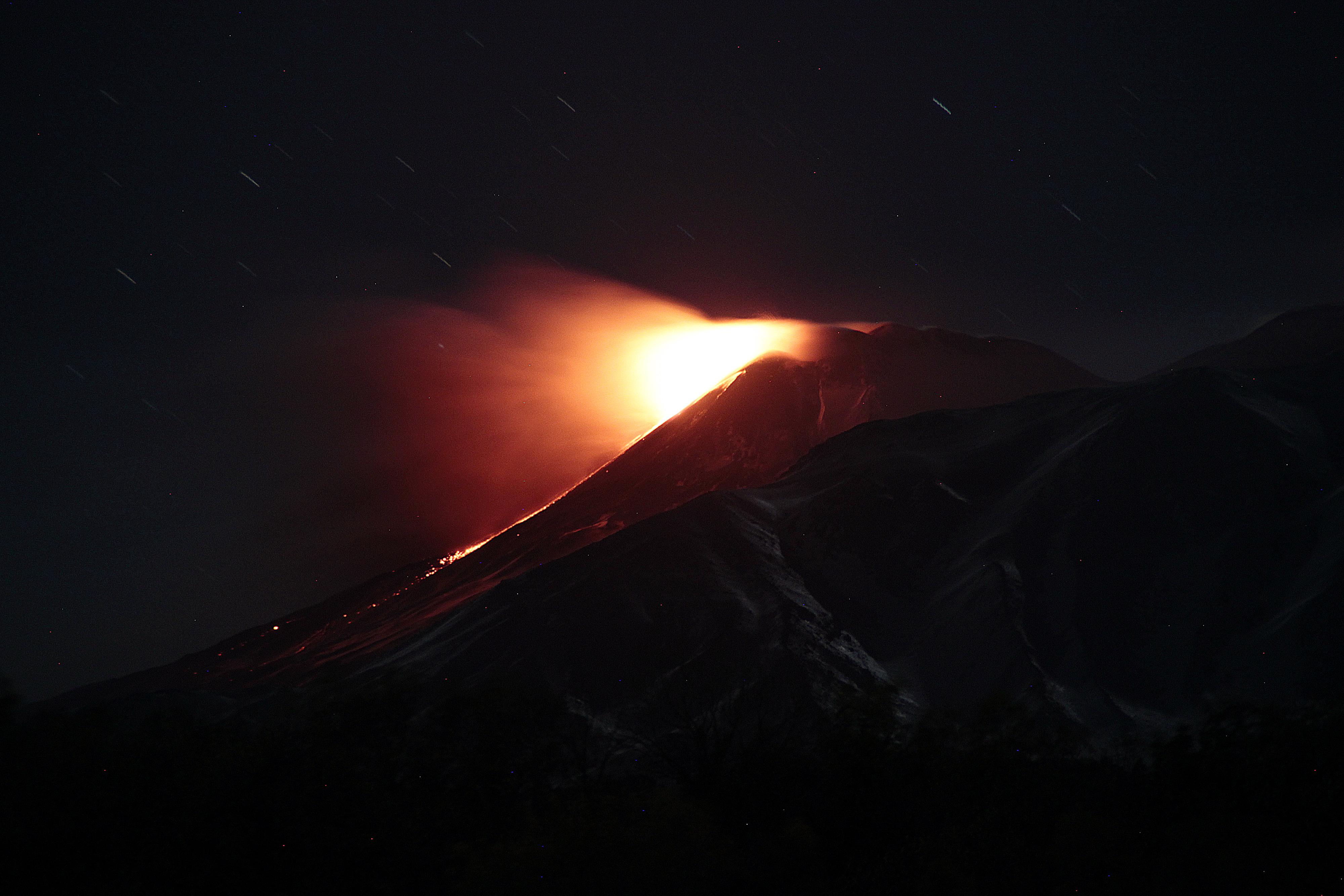 Uitbarsting Etna vulkaan 18 januari 2021 vanaf Linguaglossa